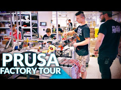 I saw how Prusament and the Prusa i3 MK3 are made! (we find some early SL1 prototypes)